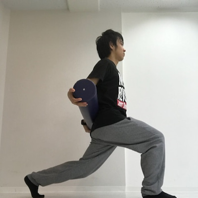 ストレッチポールで下半身やせトレーニング もも裏編の記事に添付されている画像