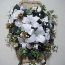 白い花の壁掛け