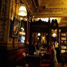 パリの古き良き時代が…
