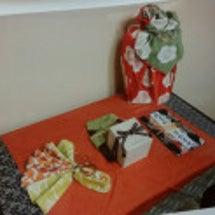 結納品を風呂敷で飾る