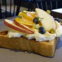 季節のフルーツトース…
