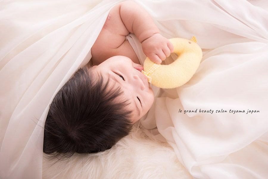 ベールに包まれて♡素敵な赤ちゃん写真撮らせていただきました!