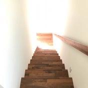 階段をいつもキレイに!誰でも続けられる『ついで』掃除の方法