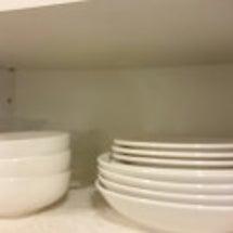食器棚、高さを活かし…