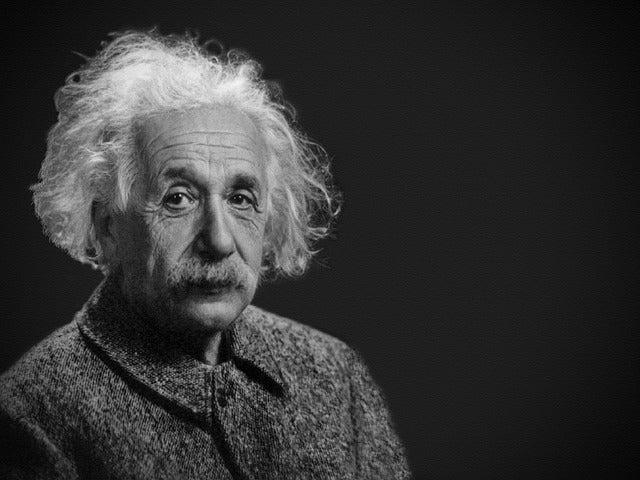 アルベルト・アインシュタインか...