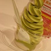 コストコ フードコートのソフトクリームの大盤振る舞いに驚いた!
