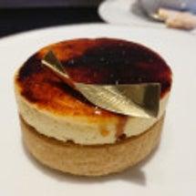 フォアグラのケーキ!…