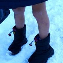 私立国立小学校の雪の…