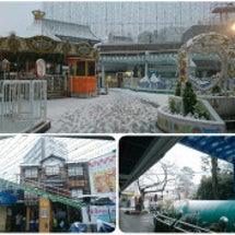 雪の降る街を、西へ西…