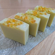 冬のレモン石鹸