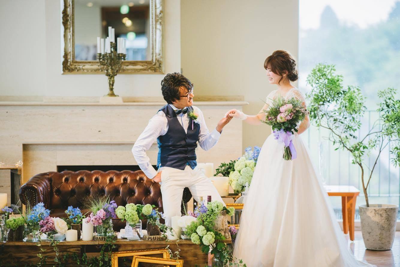 87aefd19c8056 静岡初シルク専門のオーダーメイドウェディングドレス販売をしています。 お2人にとって大切な結婚式