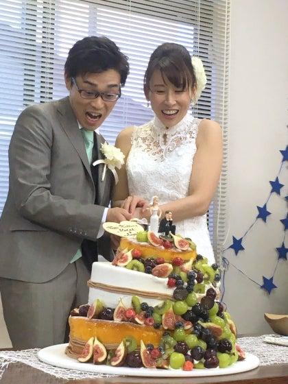 ミルフェリーチェウェディング 出張ヘアメイク 小田原十字町教会 結婚式 ウェディングケーキ ケーキ入刀