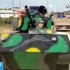 ▼唸声中国写真/千流俳句:自作の戦車で旅に出ようとしたら・・・の画像