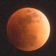 皆既月食 太陽と地球…