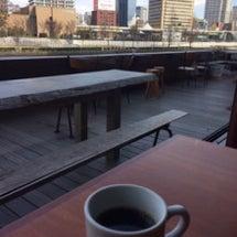 北浜 川沿いカフェ