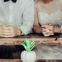 ネクタイを締め直すしぐさに隠れたホンネの記事に添付されている画像
