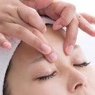 乾燥による目元の乾燥やたるみに効果的!期間限定エステのご案内★の記事より