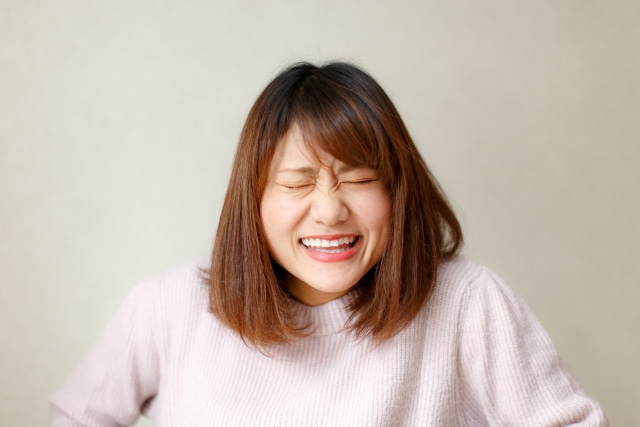 顔の筋トレ効果は?顔の表情筋が他の筋肉と決定的に違うことの記事より