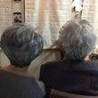 母と娘のグレイヘア