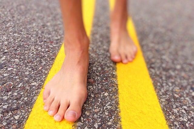 歩くための足