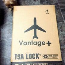 小さいスーツケースが…