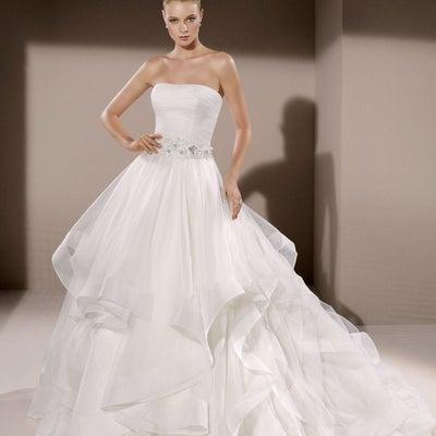 インポートウェディングドレス2019春夏婚 5号ドレス レンタル15万円~の記事に添付されている画像