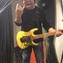 狂暴なギターリスト!