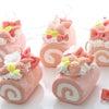 白苺のロールケーキ完成です!の画像