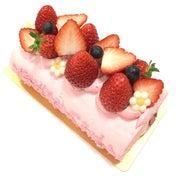 【完熟いちご菓子研究所】いちご畑をイメージ☆朝摘み完熟いちごロール