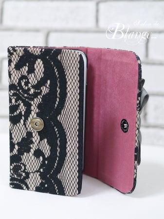 3つ折り携帯カバー