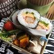 巻き寿司弁当と お雛…