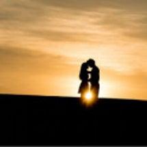 なぜ辛い恋愛は続くの…