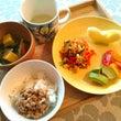 雨の日工作と朝昼ご飯