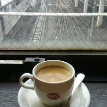 線路の真上で。。。