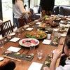 実家のひなまつりパーティー♥母のごはんは野菜と魚介盛りだくさんで最高〜♪♪の画像