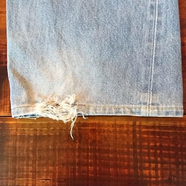 布に描いてアイロンで定着するクレヨンを使い、 手縫いで世界に一つだけの作品を作りませんか。 小さなお子様なら、お絵かきを楽しむ「ぬりぬりコース」