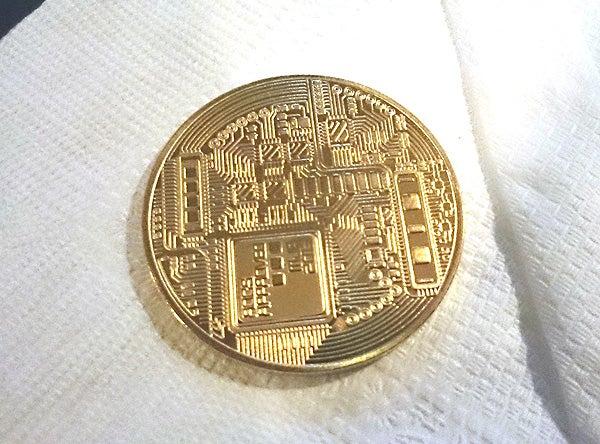 ビット コイン メダル 本物