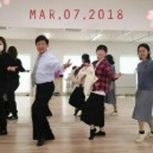 ママ達、ダンスで輝い…
