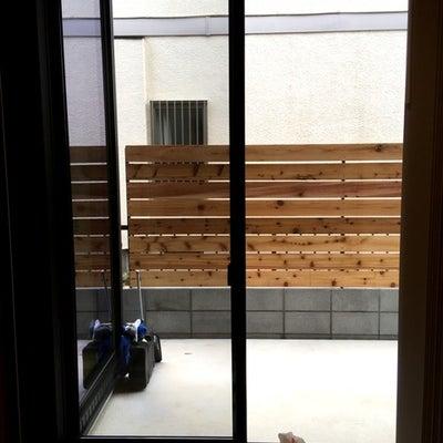ウッドフェンス DIYの記事に添付されている画像