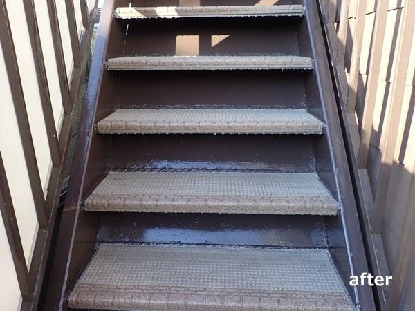 川崎市横浜市東京都の塗り替え専門店佐藤塗装店の階段のタキステップ施工