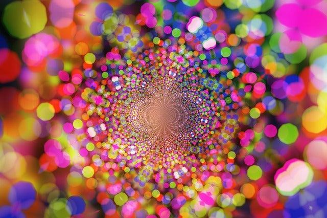あなたの周りには様々なエネルギーが渦巻いています サードアイ朱雀 霊感・霊視