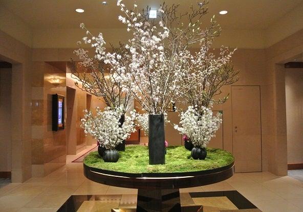 ザ・リッツカールトン東京ロビーの桜