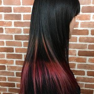 ピンクパープルグラデーションカラー 黒髪とピンクパープルの相性ばっちりの画像