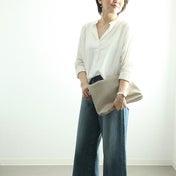 ★ユニクロデニム&白シャツにDW時計で女性らしさをプラス