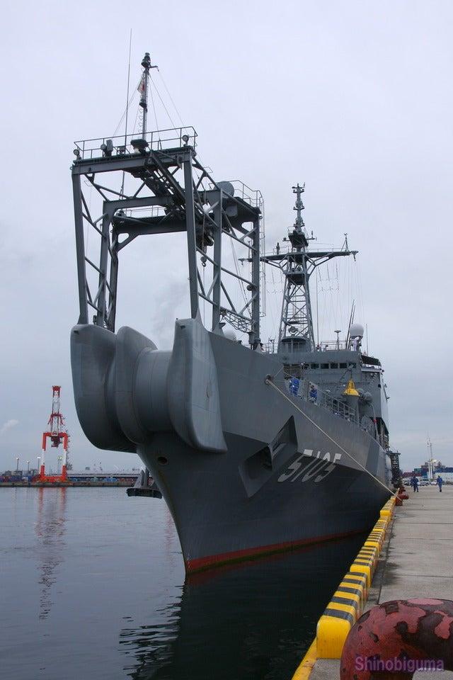 日本には空母よりも危険な船が3...