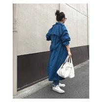綺麗色ブルーのプチプラトレンチコートの記事に添付されている画像