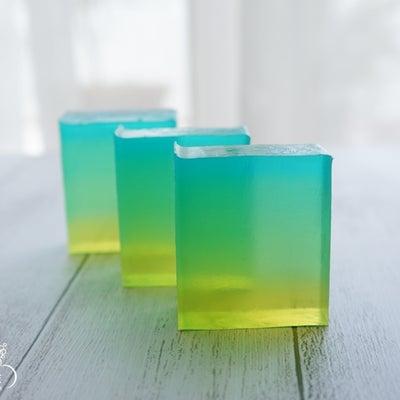 【講座ご案内】新・短い時間で作る透明石けん応用(デザイン&ボタニカルカラー)の記事に添付されている画像