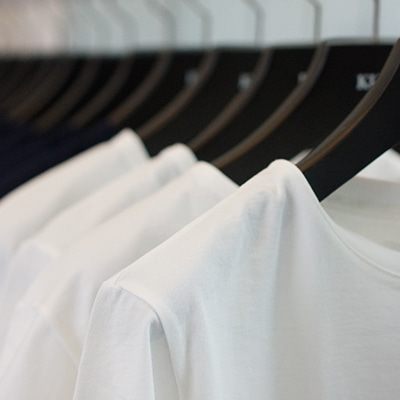 【KURO】定番にして傑作Tシャツシリーズ3月23日発売開始。の記事に添付されている画像