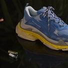 【ヤフオク1円開始】adidas YEEZYBOOST350 /BalenciagaトリプルSの記事より