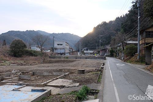 川平駅近くの道路
